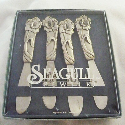 Set of 4 Seagull Pewter spreaders or pate knives daffodil design in original box