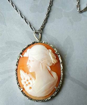 Vintage Sterling Silver Carved Shell Cameo Pendant Necklace