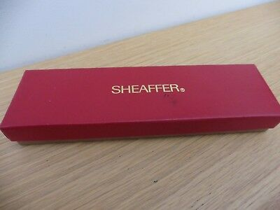 Superb Sheaffer fountain pen with original presentation box & free UK postage