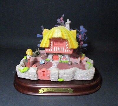 WDCC Disney Enchanted Places WHITE RABBITS HOUSE Alice in Wonderland N292 PV