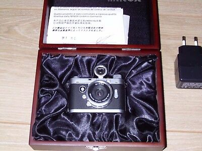 Minox/leica Dcc 5.i Camera Plus Original Outer Box And Wooden Display Case.fully