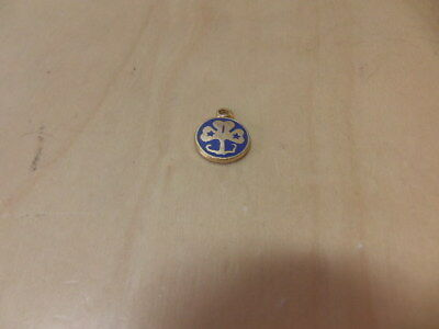 Girl Guides – TINY enamel Pendant age unknown