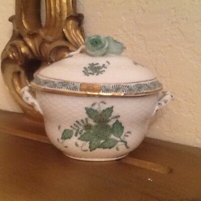 Herend Hungary Elaborate Sugar Bowl In Chinese Bouquet Pattern W/3 Roses On Lid