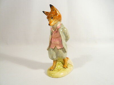 BP2a  Beatrix Potter Figurine Beswick FOXY WHISKERED GENTLEMEN Gold Oval