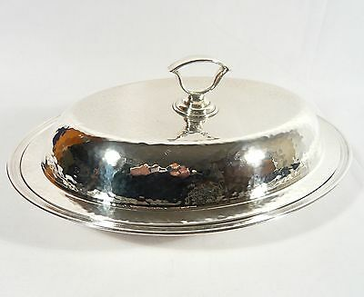 ANTIQUE Meriden Hammered Finish Silver Plate Covered Entree Casserol Dish