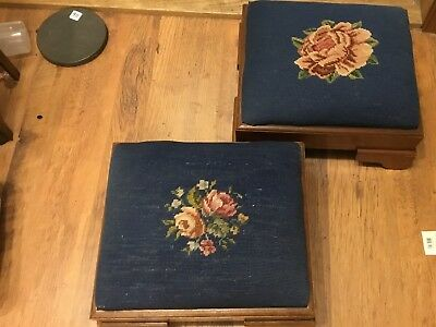 🔥💎🔥 Vintage Needlepoint Stools-Set of 2-Blue with Rose Motif Hand Made 🔥💎🔥