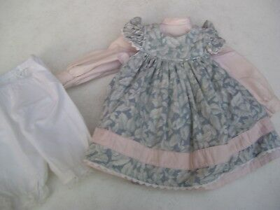 Alte Puppenkleidung Flowery Apron Dress Outfit vintage Doll clothes 45 cm Girl
