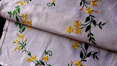 VINTAGE HAND EMBROIDERED - WHITE LINEN Tray cloth - BEAUTIFUL EMBROIDERY