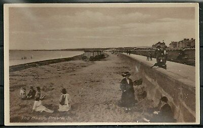 Postcard : Prestwick Ayrshire the Beach with Bathing Machines RP
