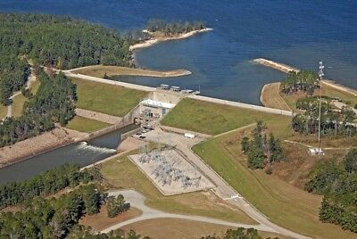 N/r Auction. Large Texas Lake Property. With All Utilities Even Sewer