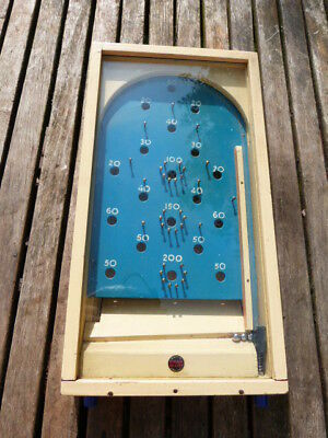 LOVELY VINTAGE 1950s CHAD VALLEY GLAZED BAGATELLE/PIN BALL WOODEN TABLE TOP GAME