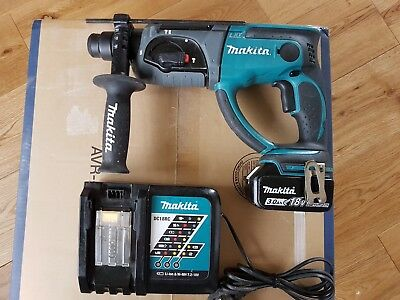 Makita DHR202 18V SDS+ Rotary Hammer With One 3.0Ah BL1830B Battery, DC18RC .