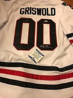 Autographed Chevy Chase Chicago Blackhawks Jersey Beckett witnessed signed
