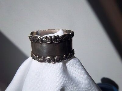 Sterling Napkin Ring with Decorative Filigree Edging - Engraved