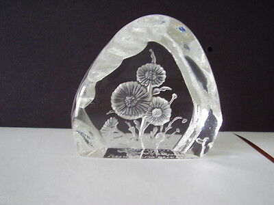 DARTINGTON CAPREDONI LEAD CRYSTAL PAPERWEIGHT CHRYSANTHEMUM 6cms - SIGNED