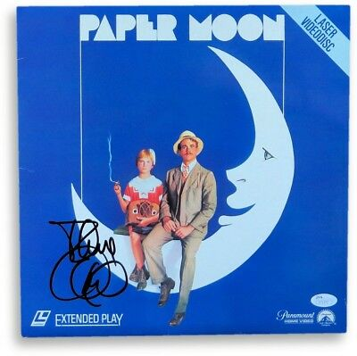 Tatum O'Neal Signed Autographed Laserdisc Cover Paper Moon JSA S71470