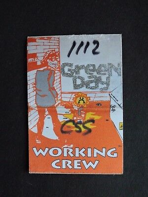 1995 Green Day Backstage Pass Working Crew ! Satin Cloth Sticker Shiny Letters !