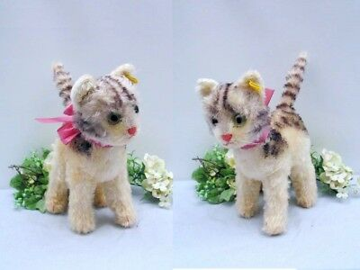 STEIFF CAT LIZZY, 22 cm with button