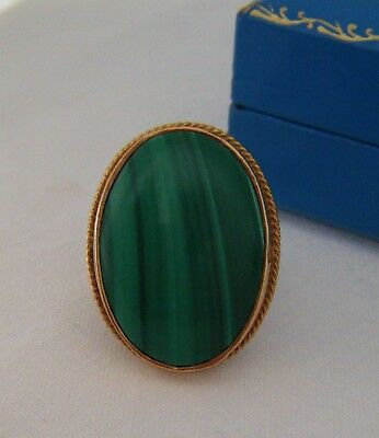 A Vintage Weighty & Large Hallmarked 9ct Gold Scottish Malachite Cocktail Ring!!