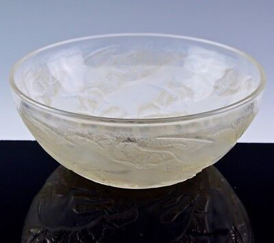 Superb Large R Lalique Chiens Grey Hounds Dogs French Art Glass Centerpiece Bowl