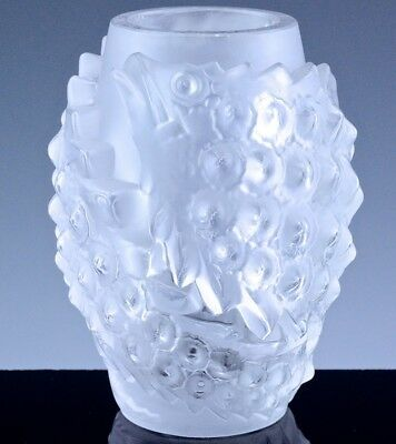 Auth. Lalique France Tarpon Fish Figural French Art Glass Vase Block Signature