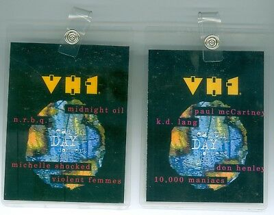 2 Different Vintage 1993 VH-1 Earth Day Concert Badges McCartney Midnight Oil