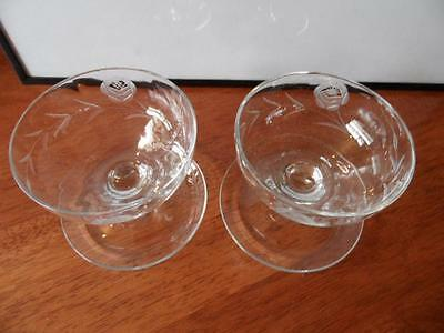 2 x VINTAGE ETCHED GLASS FLORAL PATTERN FOOTED DESSERT BOWLS