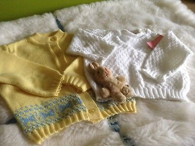 AUTHENTIC VINTAGE 1970s UNUSED BABY CHILDRENS CARDIGAN AND JUMPER 9/12 months