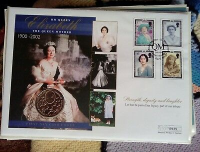 Large Coin Cover  Hm Queen Mother 1900-2000 £2 Pound Coin 1990