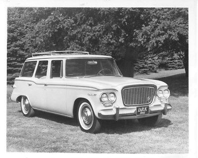 1961 Studebaker Lark ORIGINAL Factory Photo oub8776
