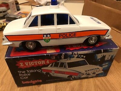 Talking police car