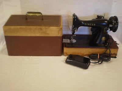 VINTAGE 1956 SINGER FEATHERWEIGHT 99 SEWING MACHINE w/ CASE & PEDAL