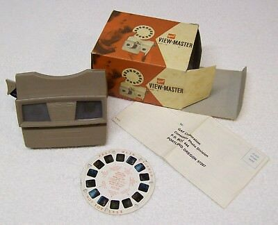 Boxed View-Master 3D Viewer Model G early GAF version 1966/67 plus preview disc