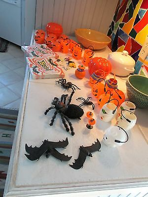 Huge Vintage Halloween Lot Caldron Candy Conainers Bats Spiders Mummy  Pumpkin