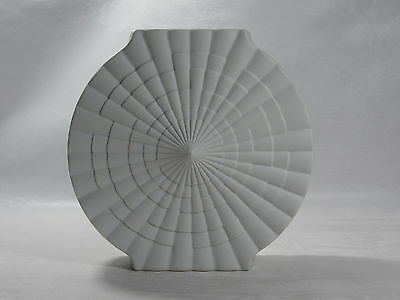Vase Sunburst Design Swing matt white Rheinpfalz Porzellan 60s Op Art Pop Art