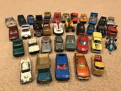 Collection of 35 toy cars 1/60 scale – Matchbox, Corgi, Majorette, Husky
