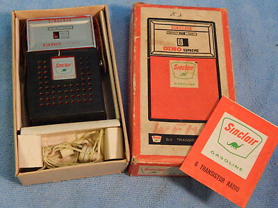 Vintage Boxed Sinclair Dino Advertising Gas & Oil Promo Transistor Radio w Paper