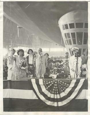 1931 Litchfield & Moffet as 1st Lady Hoover Christens Airship AKRON Press Photo