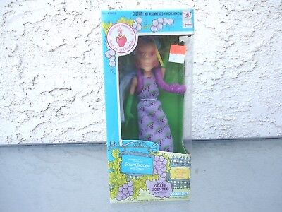 Vintage Kenner Strawberry Shortcake Sour Grapes & Dregs Doll In Box Sealed 1982