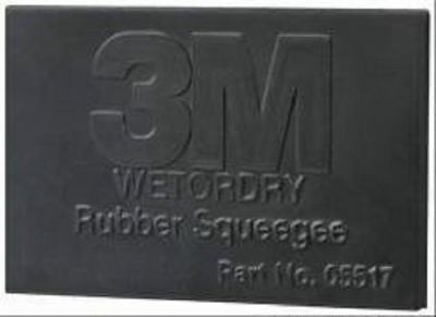 3M 05517 Wetordry 2 3/4 x 4 1/4 Inch Rubber Squeegee
