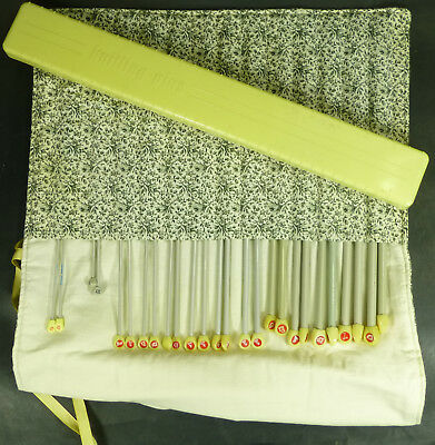 Job Lot of Knitting Needles Fabric Case And Plastic Case