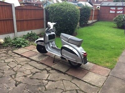 vespa 150 super (reg as125)