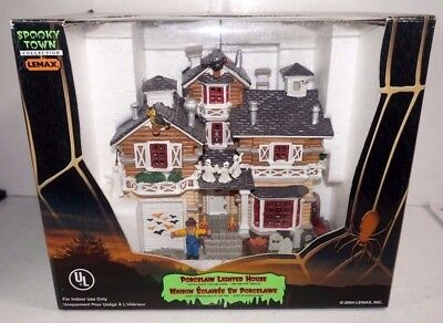 Lemax Spooky Town Porcelain Lighted House Mansion Halloween Village 45004