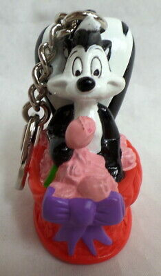WB PVC Pepe Le Pew Rose Basket Key ring Warner Brothers Looney Tunes Lot Set WB