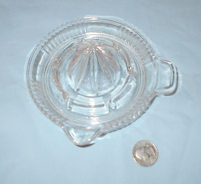 Nice Vintage Small Clear Glass Juicer Reamer