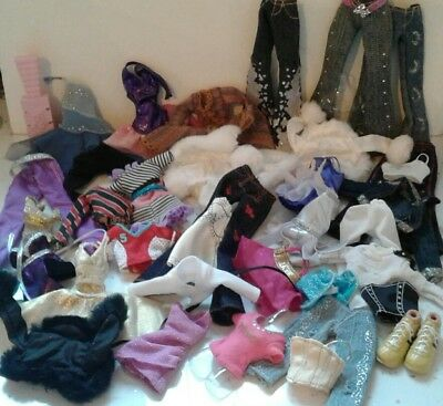Big bundle Bratz fashion doll clothes Lots of Items