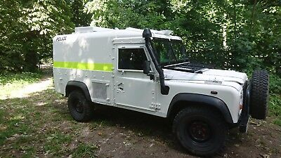 Land rover defender snatch 2a Armoured Wolf spec 24v 2006 full to asnew rebuild