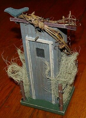 Wood Country OUTHOUSE WIRE FENCE & BLACK BIRD CROW RAVEN Bathroom Home Decor NEW