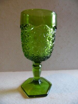1 Green Daisy and Button Smith Glass Water Goblet