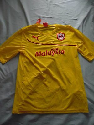 Maillot football shirt cardiff taille L neuf